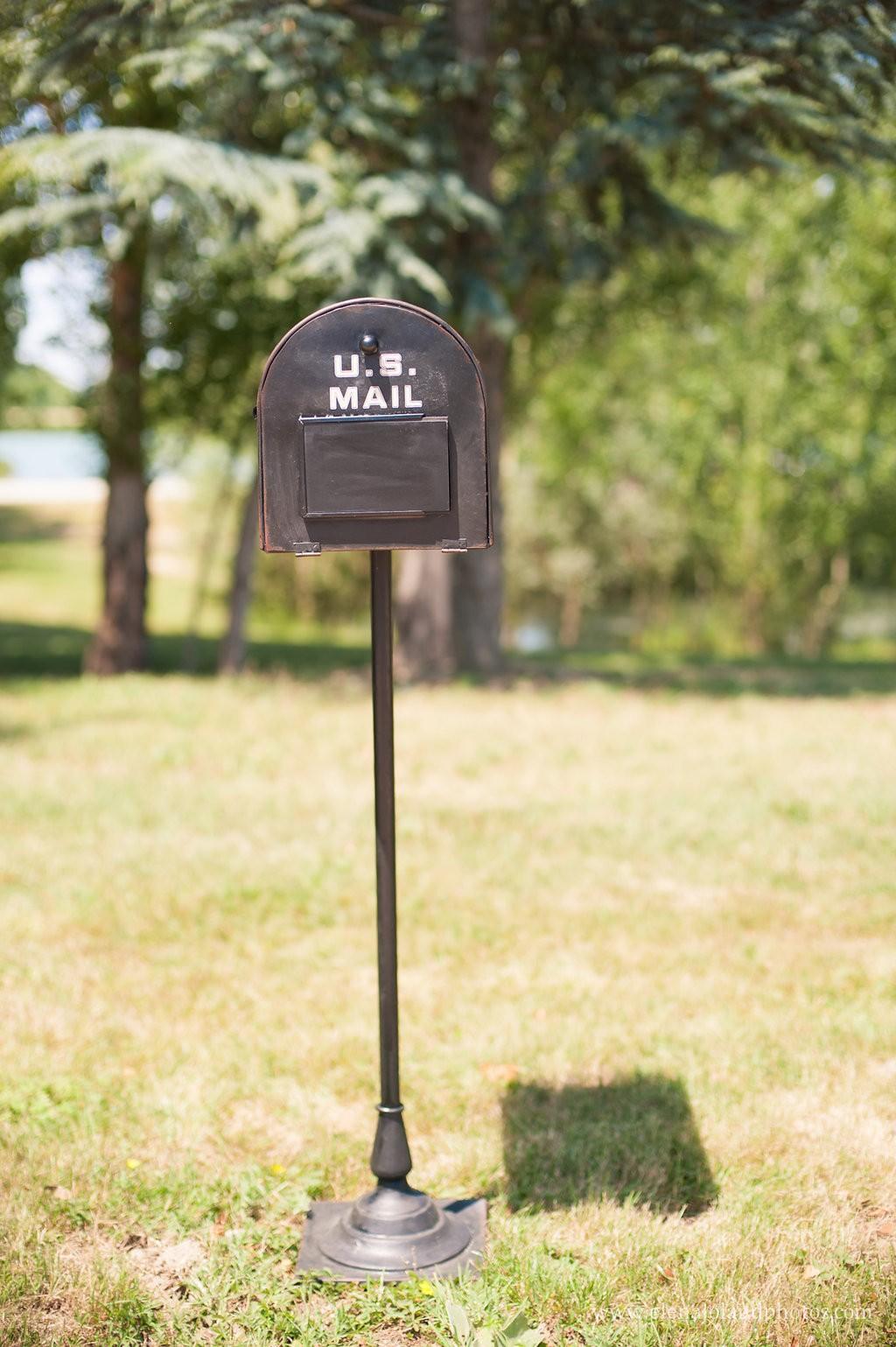 """boîte aux lettres urne """"américaine"""" - un bel événement"""