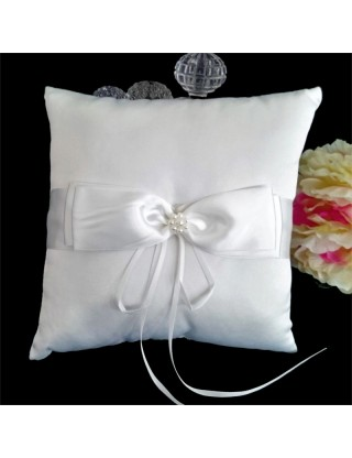 Coussin porte-alliances blanc noeud en satin