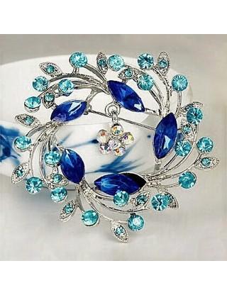 """Broche romantique en """"spirale bleue"""""""