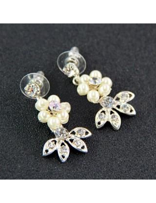 Boucles d'oreilles romantiques perles et strass