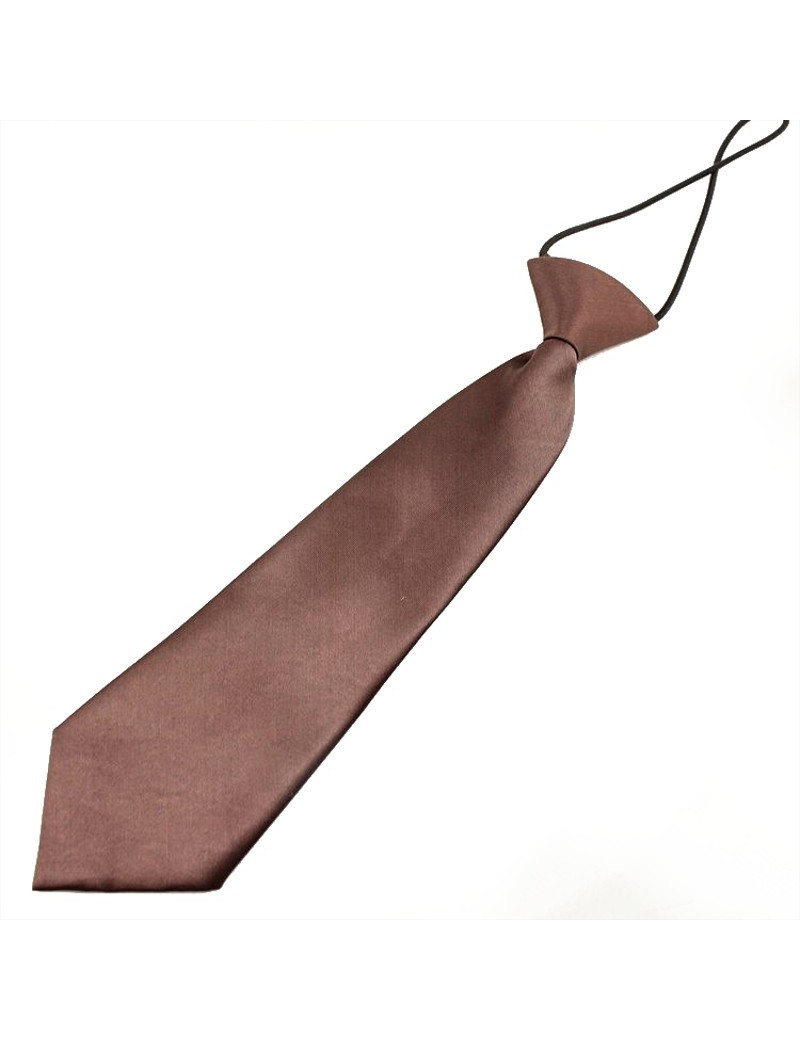 Cravate marron en satin petit garçon