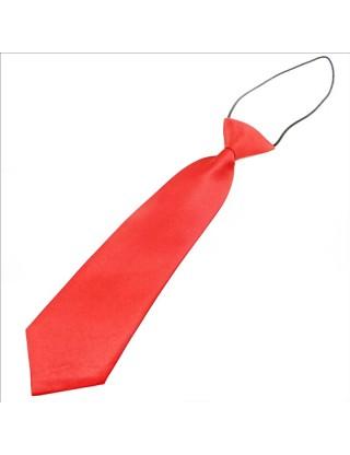 Cravate rouge en satin petit garçon