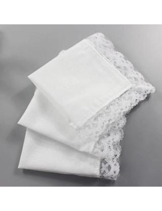 Mouchoir blanc dentelle pour la mariée