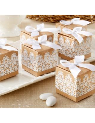 Boite dragées carton motif dentelle (x10)