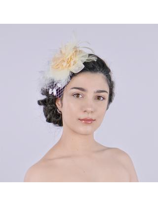Chapeau bibi - plumes crème et résille